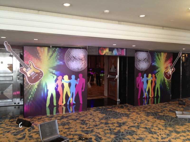 entrance decoration using foam board